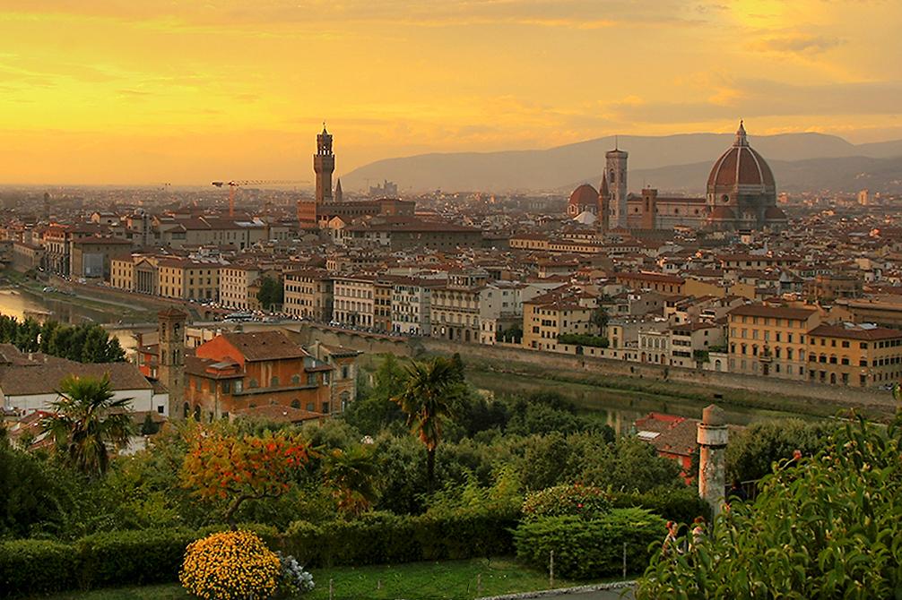 Vue crépusculaire de Florence (crédit : Steve Hersey, Commons Wikimedia)