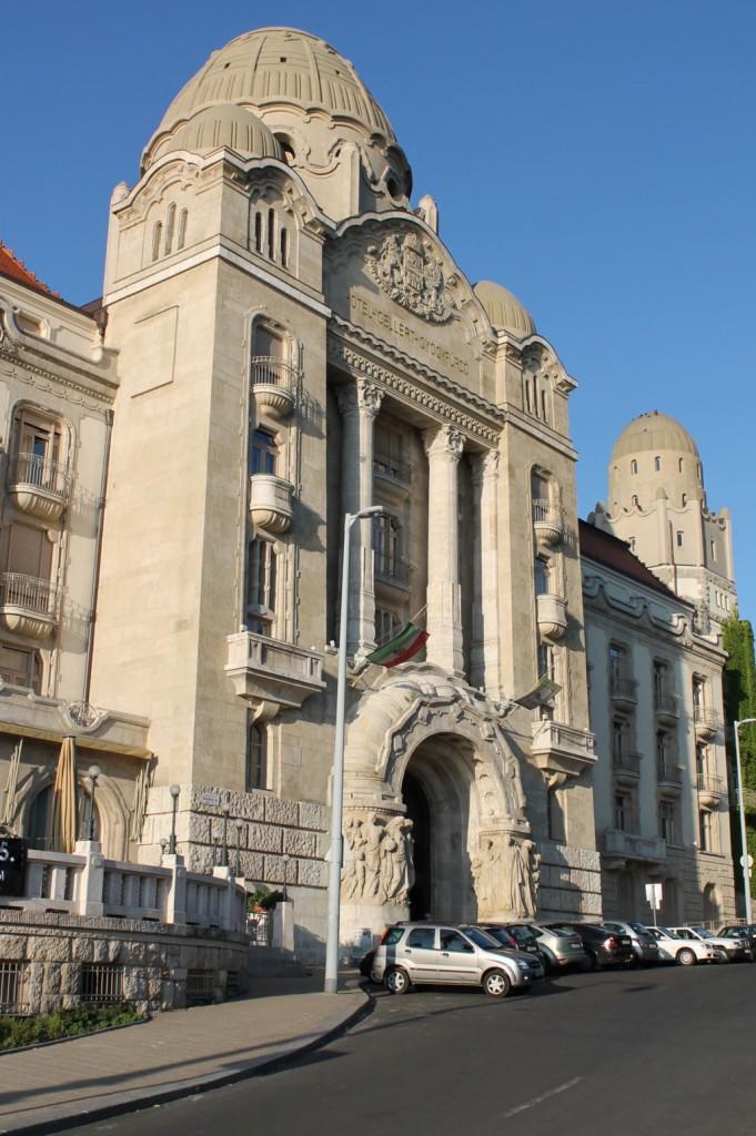marco-budapest-wiki-gellert-01