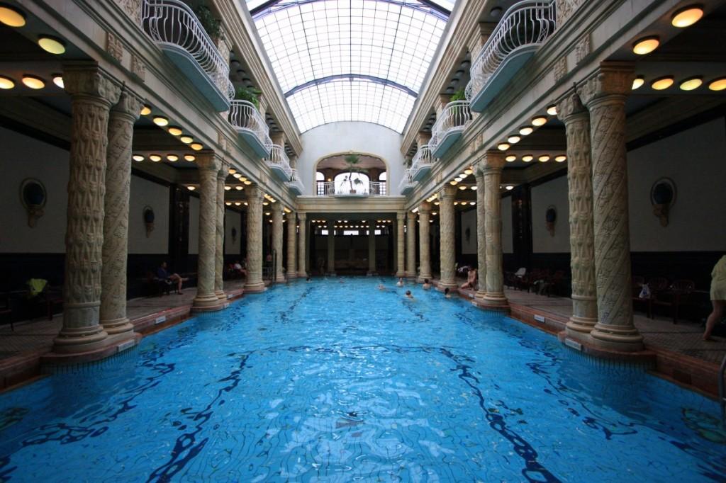 marco-budapest-wiki-gellert-03