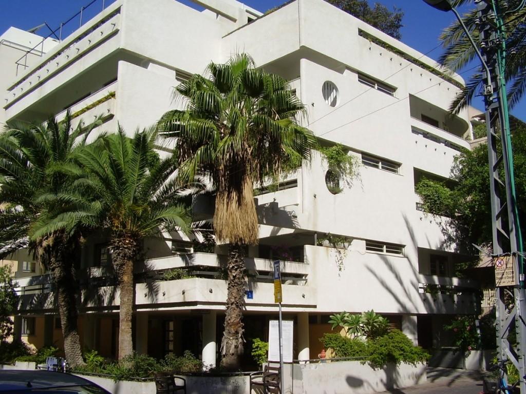 PikiWiki_Israel_9983_rabinsky_house_in_tel_aviv (1)